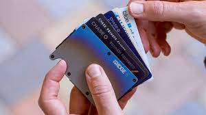 The pockets are lined with. 5 Best Slim Wallet On Amazon Top Credit Card Holder Youtube