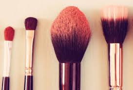 clean your makeup brushes here 39 s the why the how