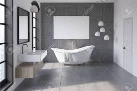 Badezimmer Innenraum Mit Einer Grauen Gefliesten Wand Eine Weiße
