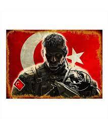 Ahşap Tablo Türk Bayrağı Ve Asker- Çiçeksepeti