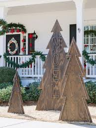 Cozy rustic outdoor christmas decoration ideas Christmas Tree Alternative Christmas Tree Ideas Christmas Trees For Small Spaces Hgtv Hgtvcom Alternative Christmas Tree Ideas Christmas Trees For Small Spaces