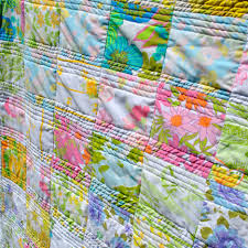 Vintage Sheet Quilt   Details at www.mamaphunk.com   Julie Saletto ... & Vintage Sheet Quilt   by Mamaphunk Vintage Sheet Quilt   by Mamaphunk Adamdwight.com