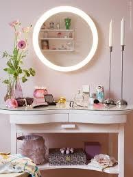 best 25 makeup vanity lighting ideas on vanity makeup rooms makeup vanity desk and makeup vanity tables