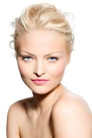 guide to colour and how to wear it blonde woman with blue eyes light