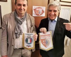 La associazione nazionale italiana cantanti nasce nel 1981, fortemente voluta da un gruppo di cantanti e dal d.g. C E Anche Un Po Di Modena Nel Ritorno In C Del Mantova Sport Ilrestodelcarlino It