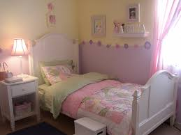 Pink And Purple Girls Bedroom This Is A Girls Room With A Pink Purple Jj Room Pinterest
