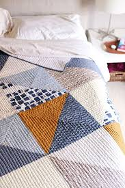 Best 25+ Modern quilting ideas on Pinterest | Modern quilt ... & Navy quilt Adamdwight.com