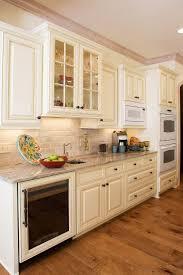 Painted Glazed Kitchen Cabinets Best 20 Cream Kitchen Cabinets Ideas On Pinterest Cream