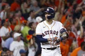 Carlos Correa hits go-ahead homer, has coolest celebration yet