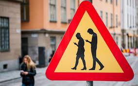 Kuvahaun tulos haulle cross the road phone meme