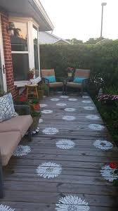 making a porch rug or painting is both creative and effective idea to let your space have a new look take a look and be inspired