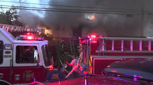 North Bellmore Monroe Ave, House Fire May 21, 2013 - YouTube