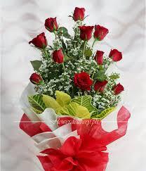 1 dozen red roses arm bouquet
