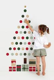 100 DIY Christmas Decorations That Will Fill Your Home With Joy. Wall  Christmas TreeXmas ...