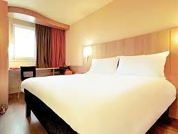 Airport Bed Hotel Hotel In Zurich Ibis Zurich Messe Airport