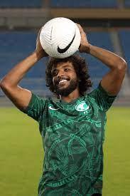 """طقمنا من هويتنا».. الكشف عن قميص المنتخب السعودي الجديد """"صور"""" - التيار  الاخضر"""