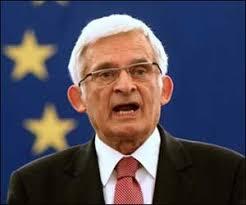 Wypada zatem założyć, że Niemcy nie wątpią, że aktualny polski premier ... - M_Id_94121_Jerzy_Buzek