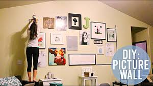 From lush greenery to a collection of artwork, see these easy ways to decorate a blank wall. Diy Wall Decoration Ideas How To Dress Up A Large Wall Youtube