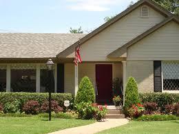 exterior house painting application. exterior paint colors | schemes outdoor decorating ideas house painting application e