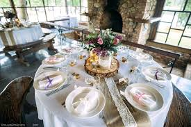 table runner ideas for round tables table runner for round tables table runners wedding runner ideas