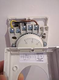 best option for controlling heating (uk) configuration home Honeywell T40 Thermostat Wiring Diagram img_20161012_070505 jpg3088x4160 Thermostat Wiring Color Code
