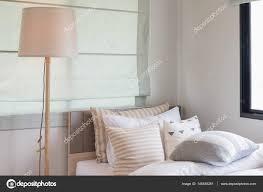 Lampen über Spiegel Motorscooterwallpaperga
