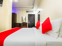 Above Bed Light Bar Oyo 333 Shh Hotel Fujairah Uae Booking Com
