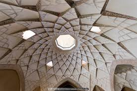 14 Ceiling with Islamic patterns