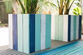 pallet planter projects. upcycled wood planters pallet planter projects