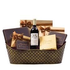 purim executive wine chocolate gift basket