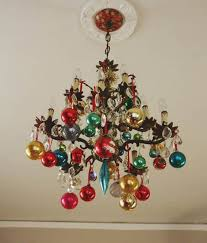 17 gorgeous chandelier for a yuletide home decor 8