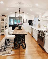 How to make a small kitchen appear large