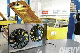 dual fan install chevy high performance magazine 1112chp 01 o dual fan install fans