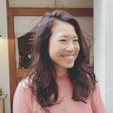 浦川 由起江さんのヘアスタイル ロングヘア外国人風カラー