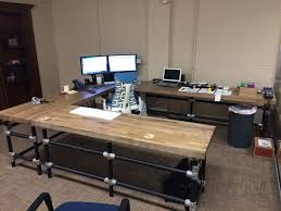 best 20 build a desk ideas on office desks photo of diy pipe desk plans