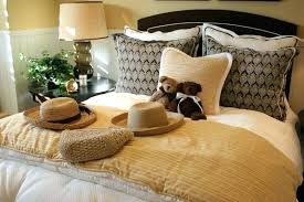 Cheap Decorative Pillows For Bed