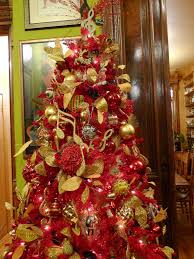 collection office christmas decorations pictures patiofurn home. Home In The Making Create White And Gold Christmas Tree Implementing Red Into Your S Decor Office Collection Decorations Pictures Patiofurn