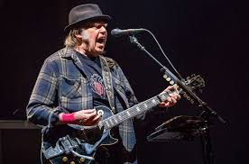 <b>Neil Young</b> Roars With <b>Promise</b> of the Real at Curveball-Filled Port ...