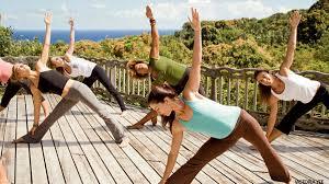 outdoor yoga cl plan a volunteer or service vacation