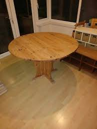 solid pine 4ft round wooden dining table