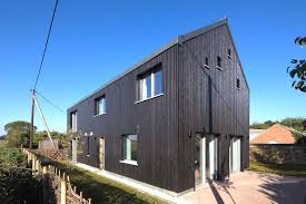 Water Tower Home Barn Inspired Passivhaus Home Costs Virtually Nothing To Run Old