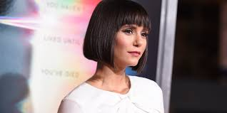 vire diaries actress nina dobrev just debuted a blunt bob and it looks amazing