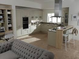 Diy Breakfast Bar Kitchen Small Kitchen Design With Breakfast Bar Tableware Wall