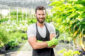 how to hire a gardener 5 things to