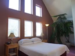 full size mattress two people. Queen Size Bed, Private Bath With Shower, Table, 2 Chairs, Small Energy Saver Refrigerator, Free Wi-Fi And A Chair. Accommodates Two People. Full Mattress People