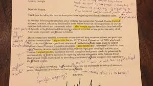 Der arzt, der ingenieur, die lehrerin, der journalist, die arztin, die. Donald Trump Brief Lehrerin Korrigiert Zahlreiche Fehler Der Spiegel