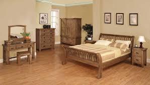 Red Oak Bedroom Furniture Vintage Bedroom Furniture Sets White Walls Interior Cozy Wall