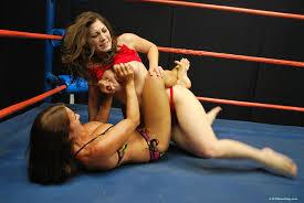 Women professional wrestlers naked