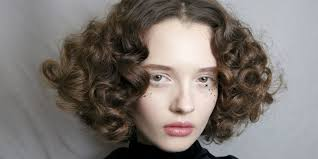 10 ways to get curly hair without heat hair straighteners or heated curlers