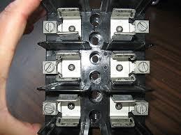 buss j60060 3cr fuse block 3 pole 60 amp 600 volt • 9 85 buss j60060 3cr fuse block 3 pole 60 amp 600 volt